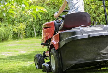 Guide To Cutting Your Own Lawn